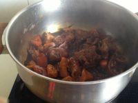 糖醋猪蹄藕块的做法