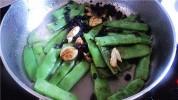 蒜头豆豉炒扁豆的做法