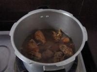 黄豆烧猪脚的做法