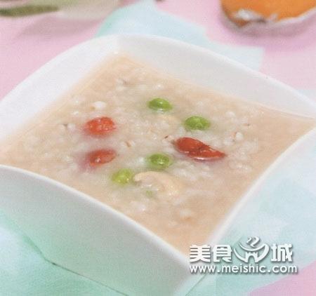 首乌红枣熟地粥