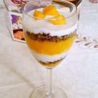 怎么做芒果酸奶杯图解