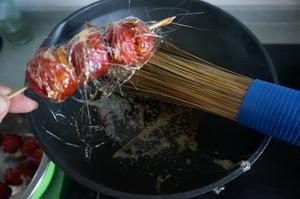 拔丝糖葫芦怎么做好吃,拔丝糖葫芦家常制作