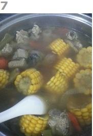 懒人版玉米排骨汤的做法