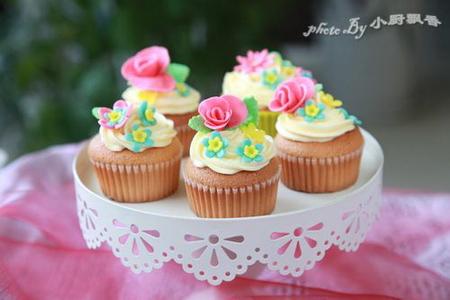 海绵杯子装饰蛋糕做法带图