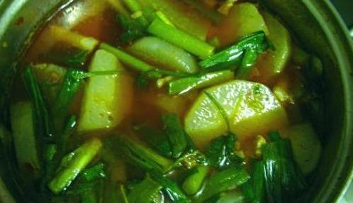 香辣萝卜炖排骨的做法