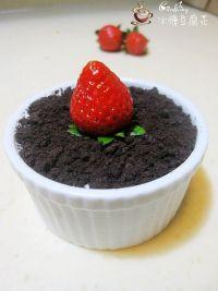 草莓慕斯杯的13步制作方法