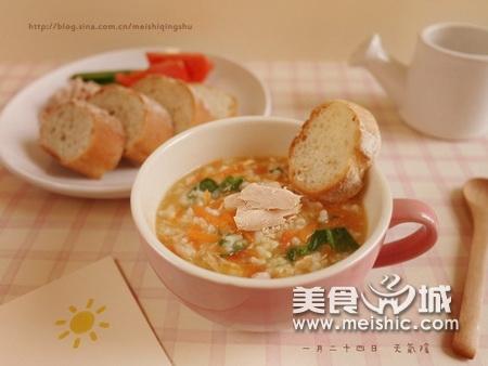 鲔鱼蔬菜粥