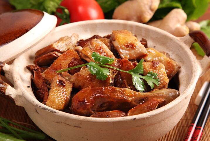 姜母鸭怎么做好吃,各种家常姜母鸭的做法