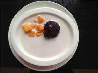 芒果椰汁黑米捞的7步做法