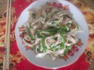 韭菜炒豆腐皮的做法