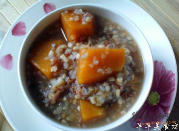 二麦红米南瓜粥的做法