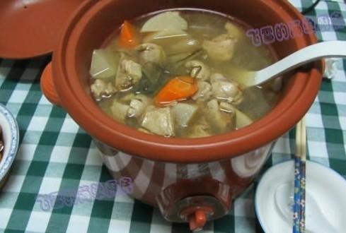 酸萝卜鸭煲的做法