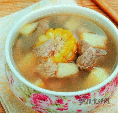玉米哈密瓜苹果瘦肉汤的做法