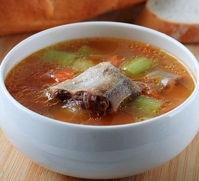 牛尾蔬菜汤的做法