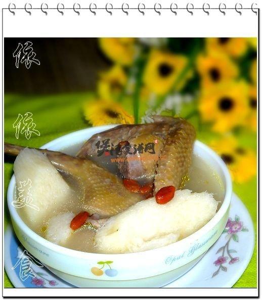 鲜淮山乳鸽汤的做法