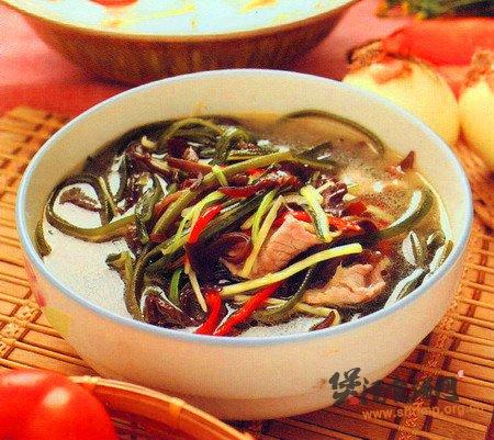 木耳海带肉片汤的做法