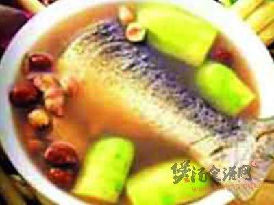 鱼尾汤的做法