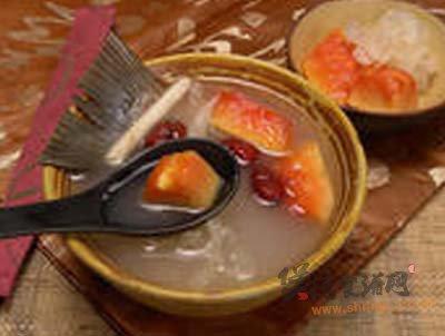 杏仁木瓜鱼尾汤的做法