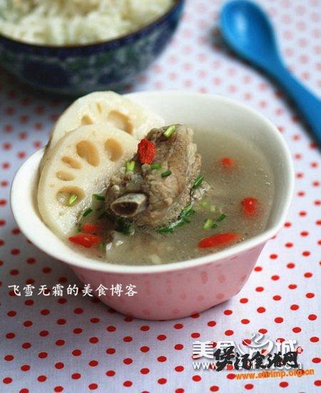 排骨莲藕汤如何做的做法