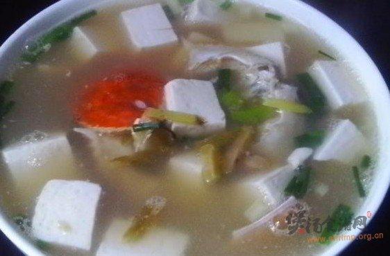 蟹壳豆腐汤的做法
