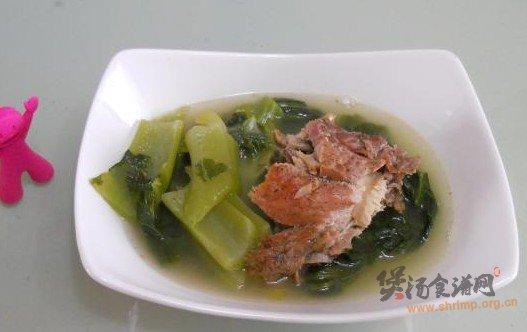 水东芥菜煲烧猪骨的做法