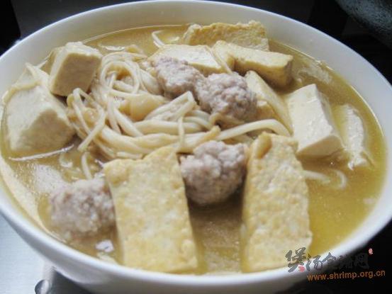 金针菇肉丸炖豆腐的做法
