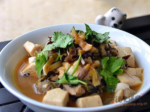 黄鳝海米炖豆腐的做法
