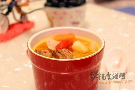 砂锅牛腩汤的做法