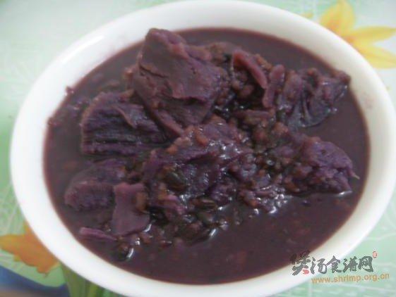 黑米紫薯粥的做法