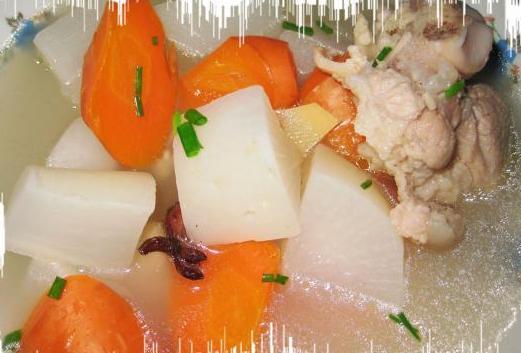 蹄髈炖萝卜的做法