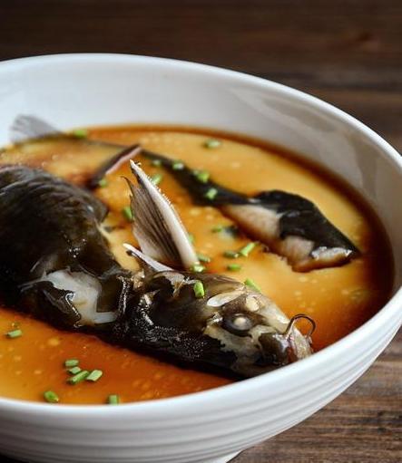 昂刺鱼炖蛋的做法