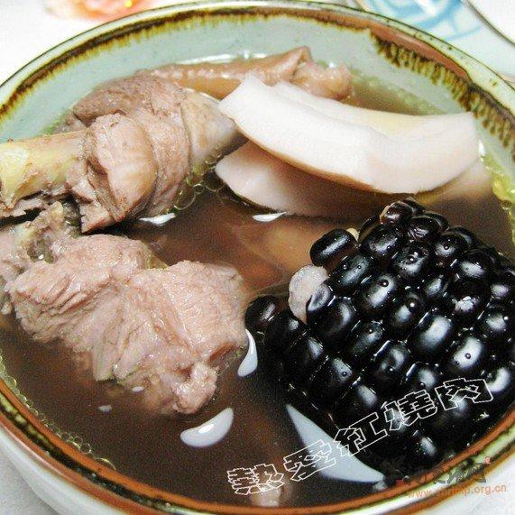 椰香黑玉米鸡煲的做法