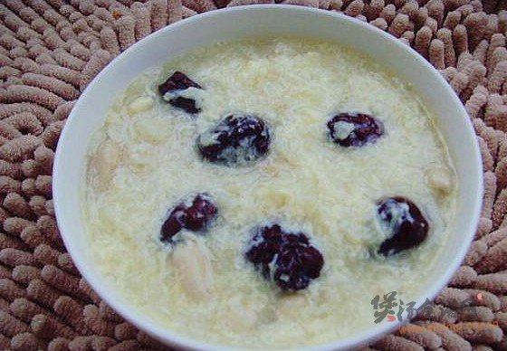 花生红枣蛋糊粥的做法