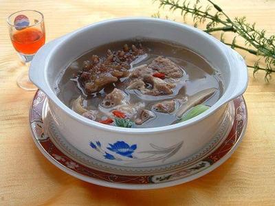 海参羊肉汤的做法