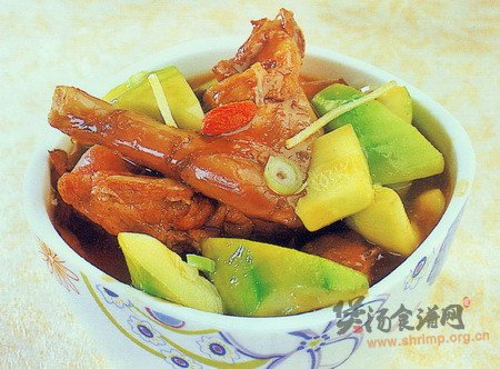 兔肉煲茭瓜的做法