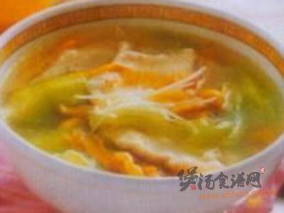 丝瓜滚鸡什汤的做法