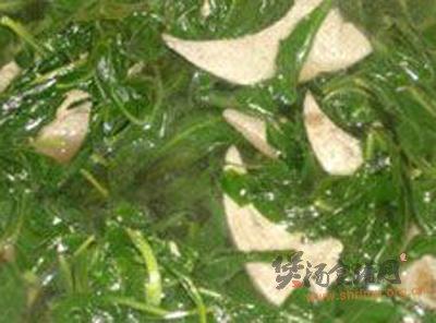 杞叶猪肝汤的做法