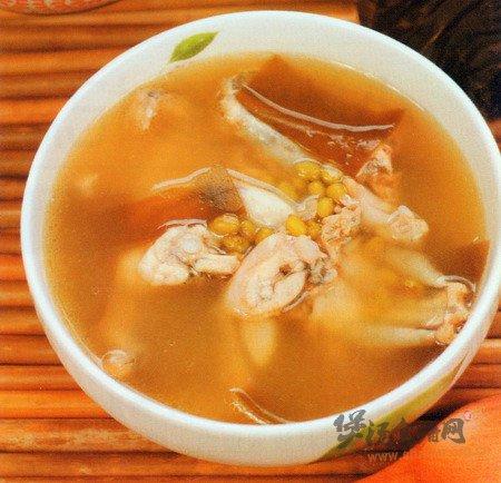绿豆田鸡汤的做法