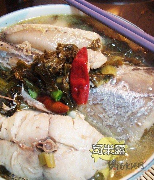 酸菜炖马鲛鱼汤的做法