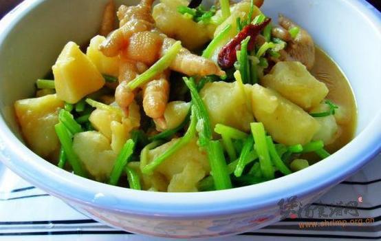 川味土豆卤鸡爪的做法