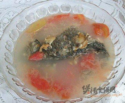 鲫鱼麻蛤汤的做法