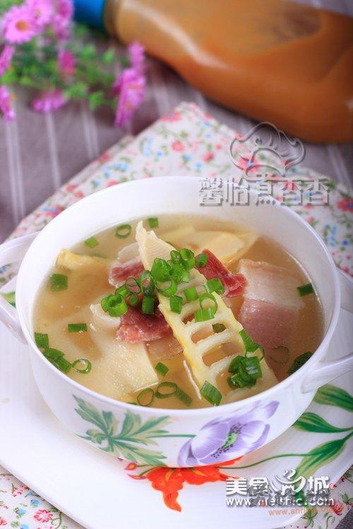 春笋火腿浓汤的做法