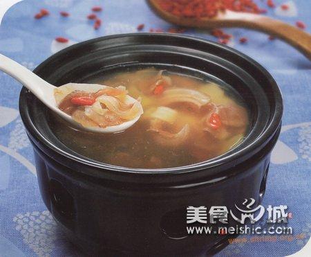荸荠枸杞羊蹄筋汤的做法