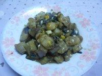 蒜香玉米肠茄子的做法